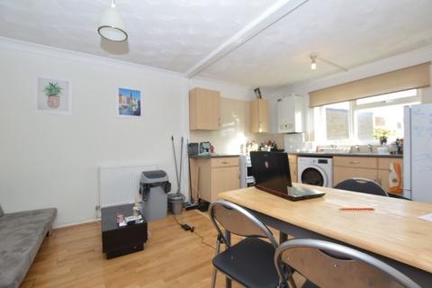 3 bedroom flat to rent - West Pottergate, Norwich, Norfolk, NR2 4BN