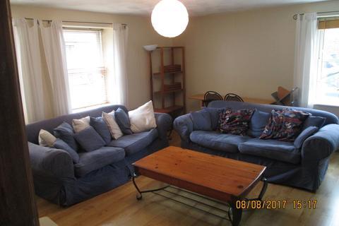 3 bedroom ground floor flat to rent - Brandon Court, Lawrence Road, Southsea