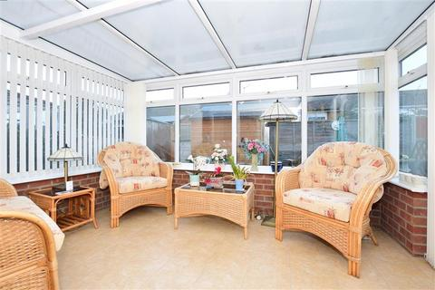 1 bedroom semi-detached bungalow for sale - Echo Walk, Minster On Sea, Sheerness, Kent