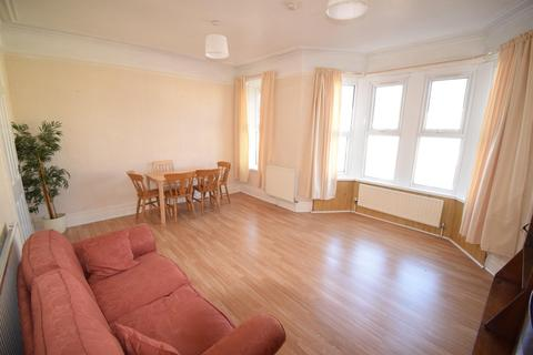 2 bedroom flat to rent - Whitchurch Road (First Floor), Cardiff