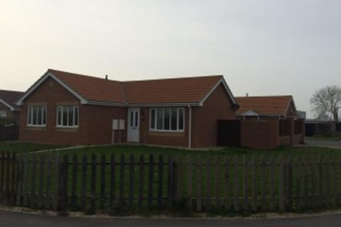 3 bedroom bungalow to rent - Dymoke Road, Mablethorpe