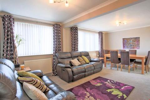 2 bedroom flat to rent - Oldmeldrum Road, Bucksburn, Aberdeen, AB21 9AD