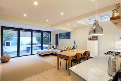 2 bedroom flat for sale - Oswin Street, London, SE11