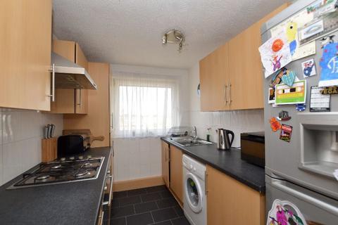 2 bedroom flat to rent - Robertson Drive, Calderwood, East Kilbride, South Lanarkshire, G74 3UG