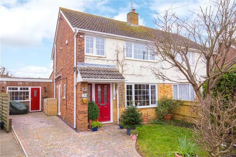 4 bedroom semi-detached house for sale - Pike Corner, Aylesbury, Buckinghamshire