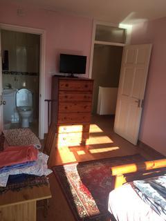 1 bedroom house share to rent - Greenmeadow Road, Birmingham B29