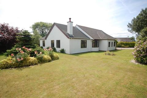 3 bedroom detached bungalow for sale - Rural outskirts of Illogan, Cornwall