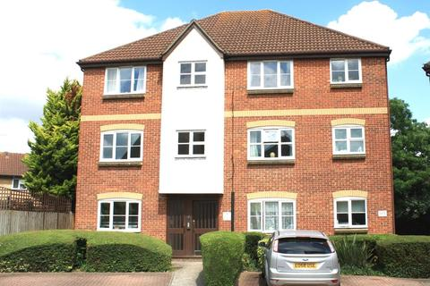 2 bedroom apartment to rent - Mead Path, Chelmsford