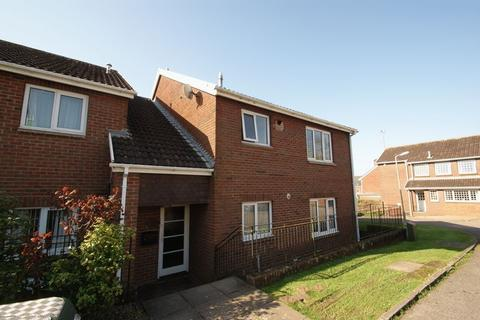 2 bedroom flat to rent - Culverland Close, Exeter