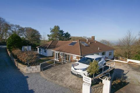 12 bedroom detached bungalow for sale - Heath Cross, Whitestone