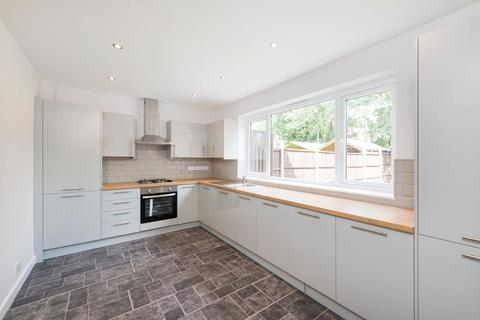 3 bedroom terraced house for sale - Strathdon Drive, Tooting