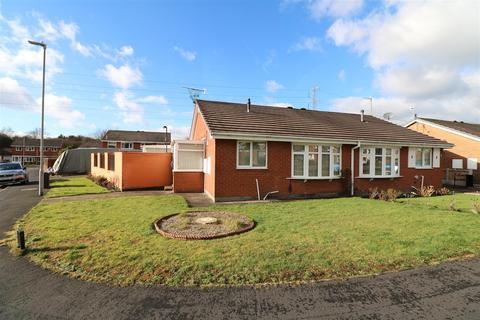 2 bedroom semi-detached bungalow for sale - Easedale Close, Milton, Stoke-On-Trent