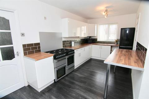 5 bedroom semi-detached house for sale - St Austell Road, Coventry