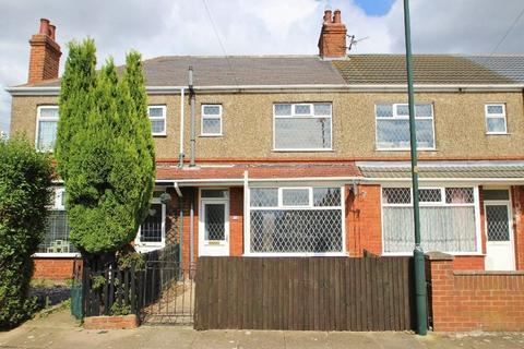 3 bedroom terraced house to rent - ST JAMES AVENUE, GRIMSBY