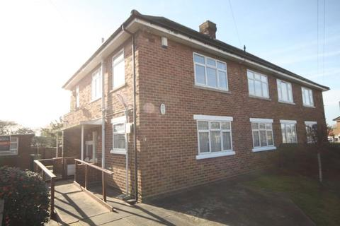 2 bedroom flat to rent - BALMORAL ROAD, CLEETHORPES