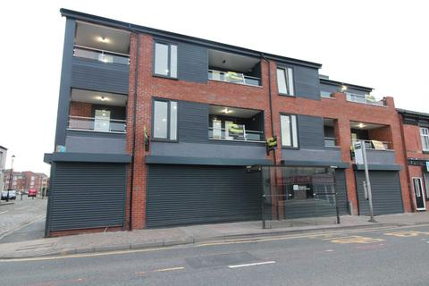 2 bedroom apartment for sale - London Road, Hazel Grove, SK7 4AX