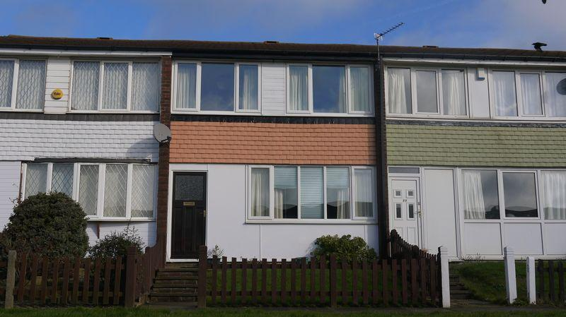 3 Bedrooms Terraced House for sale in Eskdale Rise, Allerton, BD15 7UG