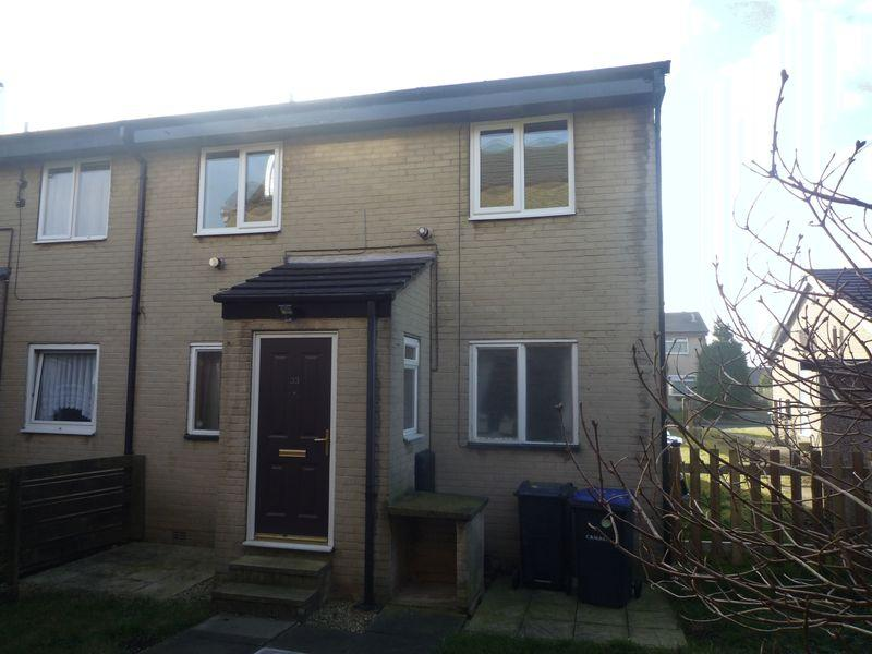 2 Bedrooms Apartment Flat for sale in Abbey Lea, Allerton, BD15 7SG