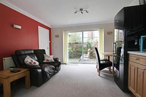 3 bedroom semi-detached house for sale - Waltham Lane, Beverley, East Yorkshire, HU17