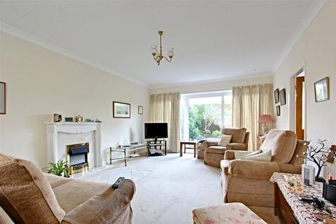 4 bedroom detached house for sale - The Dales, Cottingham, East Riding of Yorkshire, HU16