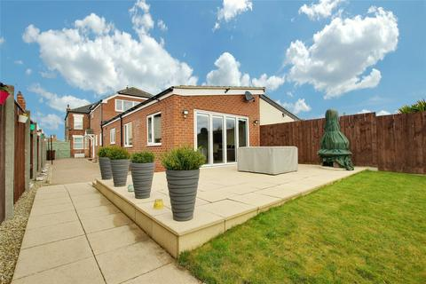 4 bedroom semi-detached house for sale - Holderness Road, Hull, East Yorkshire, HU9