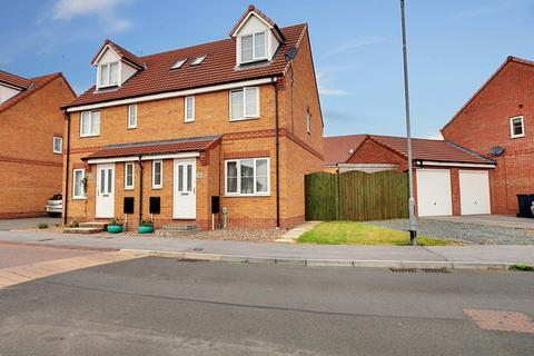 4 bedroom semi-detached house for sale - Hyde Park Road, Kingswood, Hull, East Riding of Yorkshire, HU7