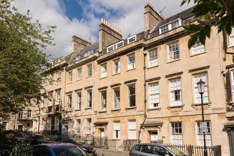 2 bedroom apartment to rent - Catharine Place