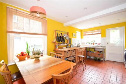 4 bedroom terraced house for sale - Church Path, Deal, Kent