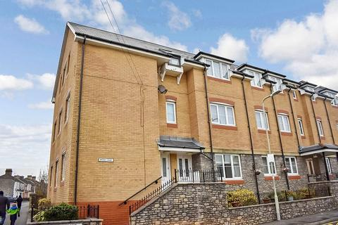 1 bedroom flat for sale - Brook Court, Bridgend, Bridgend County. CF31 1GW