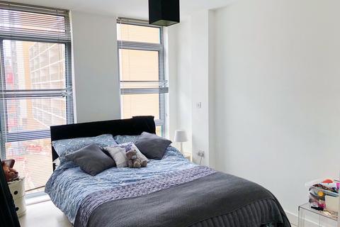 Studio to rent - Manor Mills, Ingram Street, Leeds, LS11 9BR