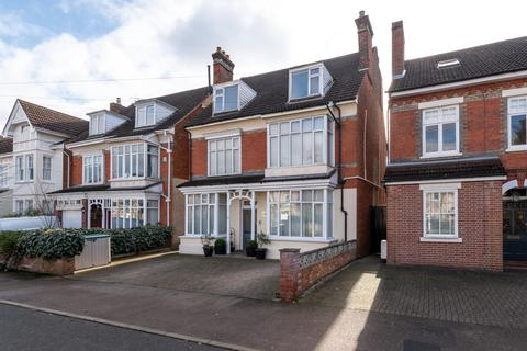 6 bedroom detached house for sale - INGLIS ROAD, COLCHESTER
