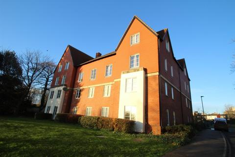 2 bedroom apartment to rent - Shelley House, Monument Close