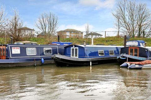 2 bedroom houseboat for sale - Harts Boatyard, Portsmouth Rd, Surbiton, KT6