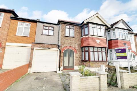 4 bedroom semi-detached house for sale - Beaminster Gardens, Barkingside