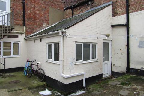 Studio to rent - Chapel Road, Wisbech  PE13