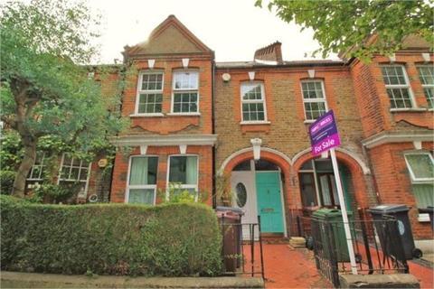 2 bedroom flat for sale - Winns Terrace, Walthamstow, London