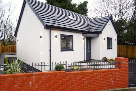 3 bedroom detached bungalow for sale - Laburnum Terrace, Troedyrhiw, Merthyr Tydfil