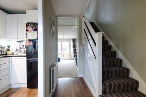 2 bedroom end of terrace house for sale - Abinger Drive, Lordswood, Kent, ME5