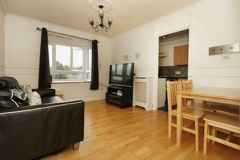 1 Bedroom Apartment Flat for sale in Erwood Road, Charlton