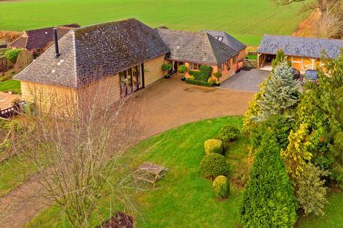 4 bedroom barn conversion for sale - Thame, Buckinghamshire