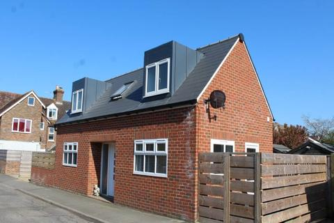 1 bedroom house to rent - 1B Falcon Way , Hailsham, East Sussex