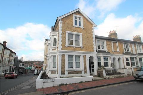 Studio to rent - Mountfield Road, Tunbridge Wells, Kent, TN1