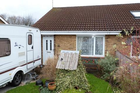 2 bedroom semi-detached bungalow for sale - Barnes Close, Rushey Mead