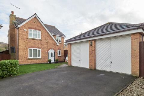4 bedroom detached house for sale - Barmouth Close, Knypersley.  ST8 7XN