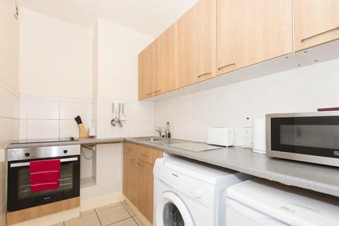 2 bedroom flat to rent - 13 Stafford Street