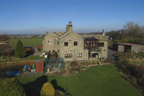 4 bedroom cottage for sale - Jagger Lane, Emley Moor, Huddersfield, HD8