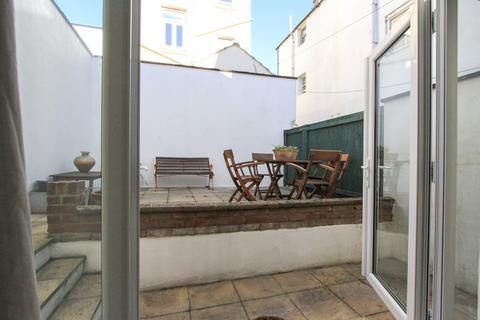 2 bedroom cottage for sale - St. James's Street, Brighton
