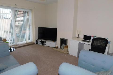 1 bedroom ground floor flat to rent - North King Street, North Shields, NE30 2HS