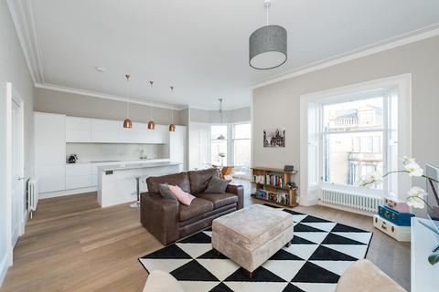 2 bedroom flat to rent - Belgrave Place, West End, Edinburgh, EH4