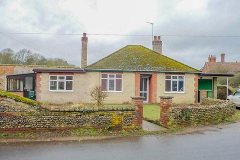 3 bedroom detached bungalow to rent - North Elmham